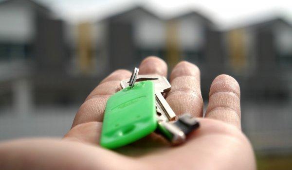 Louer un bien immobilier meublé : les différentes exploitations